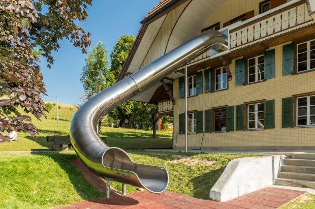 http://www.sunneheimwyssachen.ch/wp-content/uploads/photo-gallery/20160515_1321356916_haus_sunneheim_neue_rutschbahn.jpg